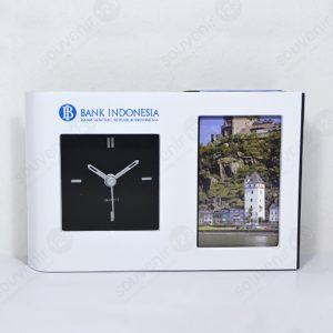 Photo Frame Jam Analog Pen Holder 6040