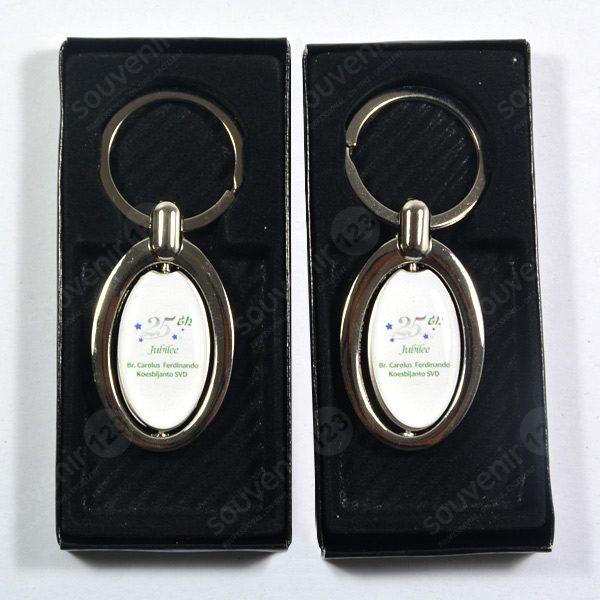 Gantungan Kunci Stainless Oval Putar