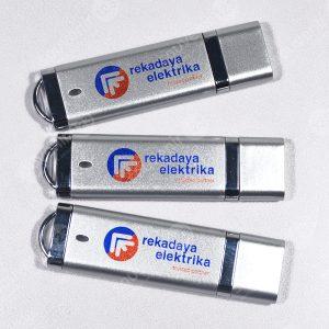 USB Plastik Persegi Panjang FDPL01