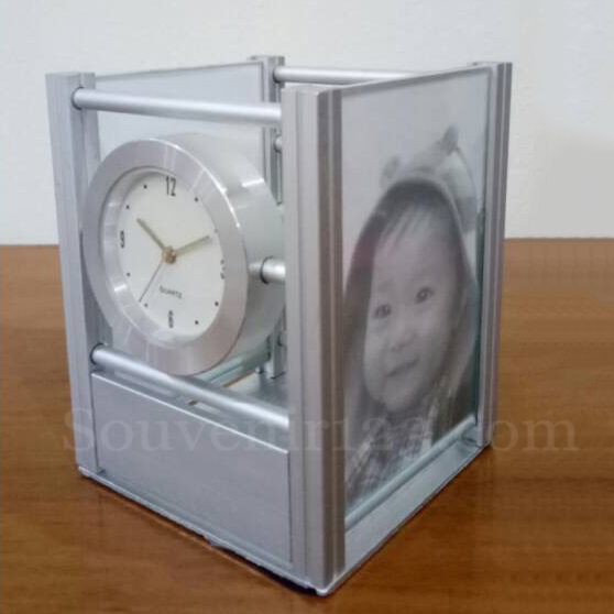 Jam Meja + Photo Frame Metal CYC138
