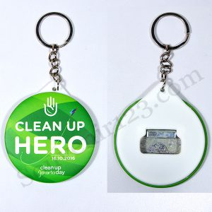 Gantungan Kunci Pin Buka Botol 5.8cm