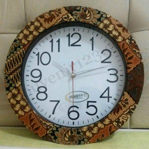 Jam Dinding Batik
