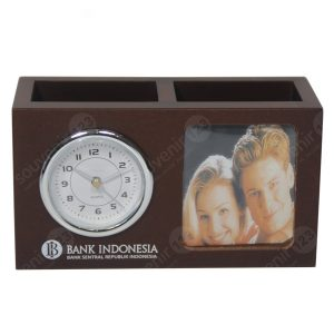 Jam Meja Pen Holder Kayu JMK08